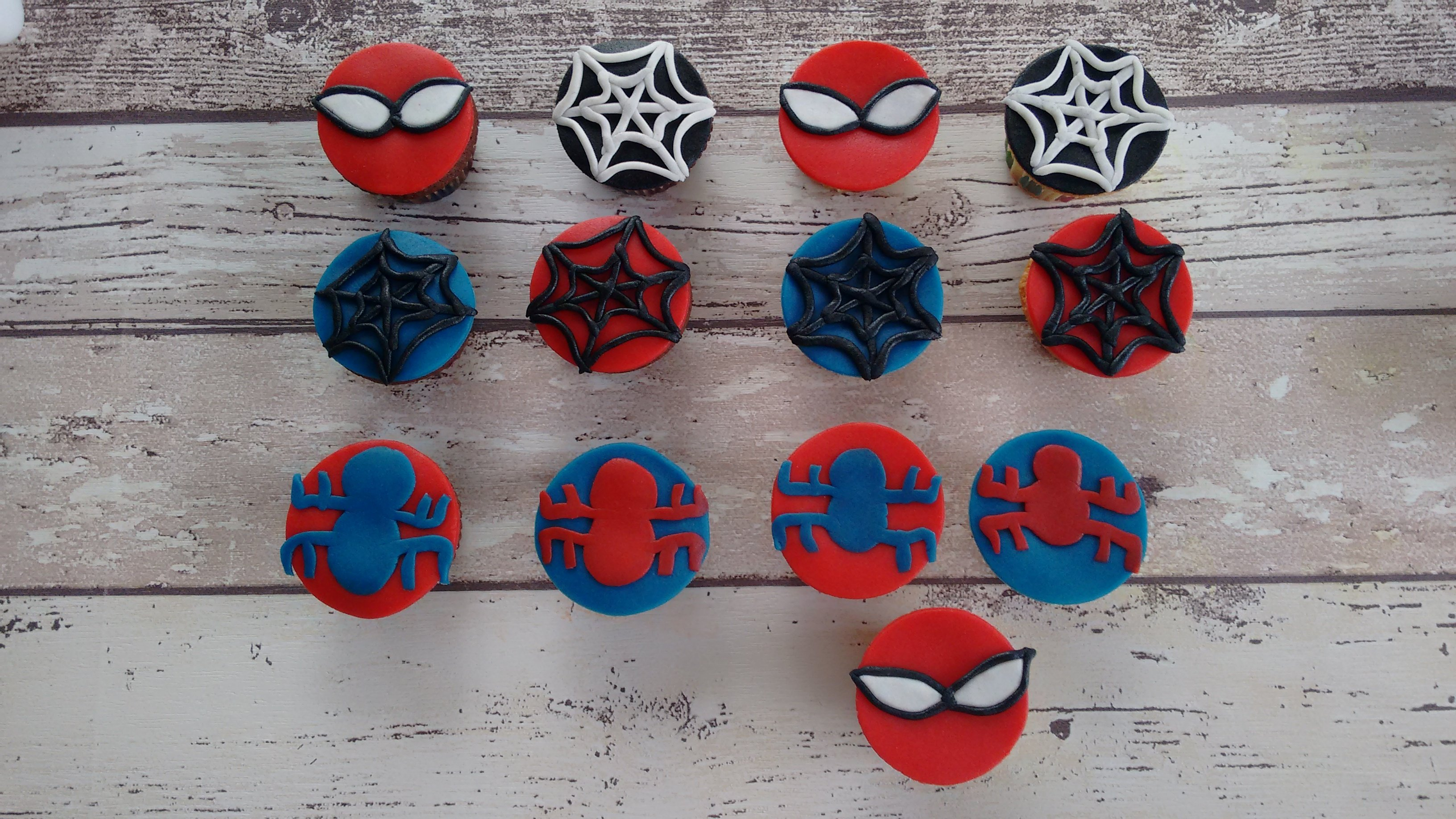 Spiderman mini's